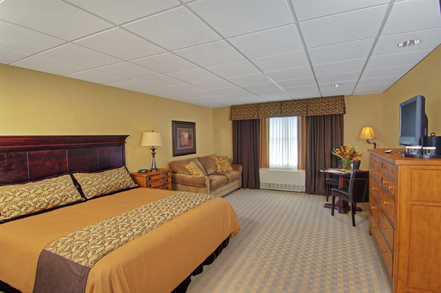 Room - Pointe at Castle Hill Resort Proctorsville
