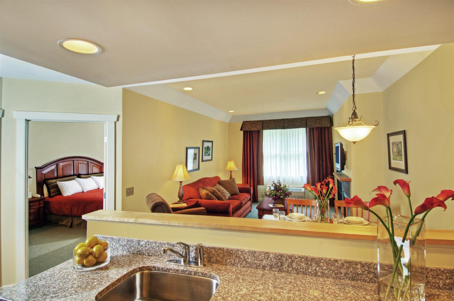 Suite - Pointe at Castle Hill Resort Proctorsville