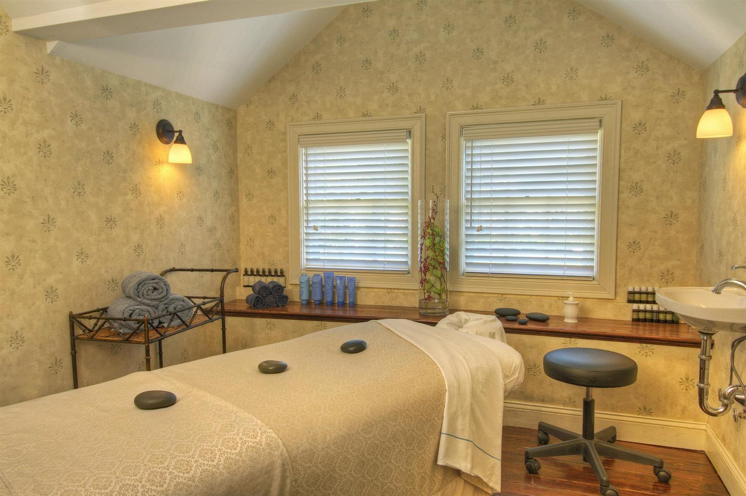 Spa - Pointe at Castle Hill Resort Proctorsville
