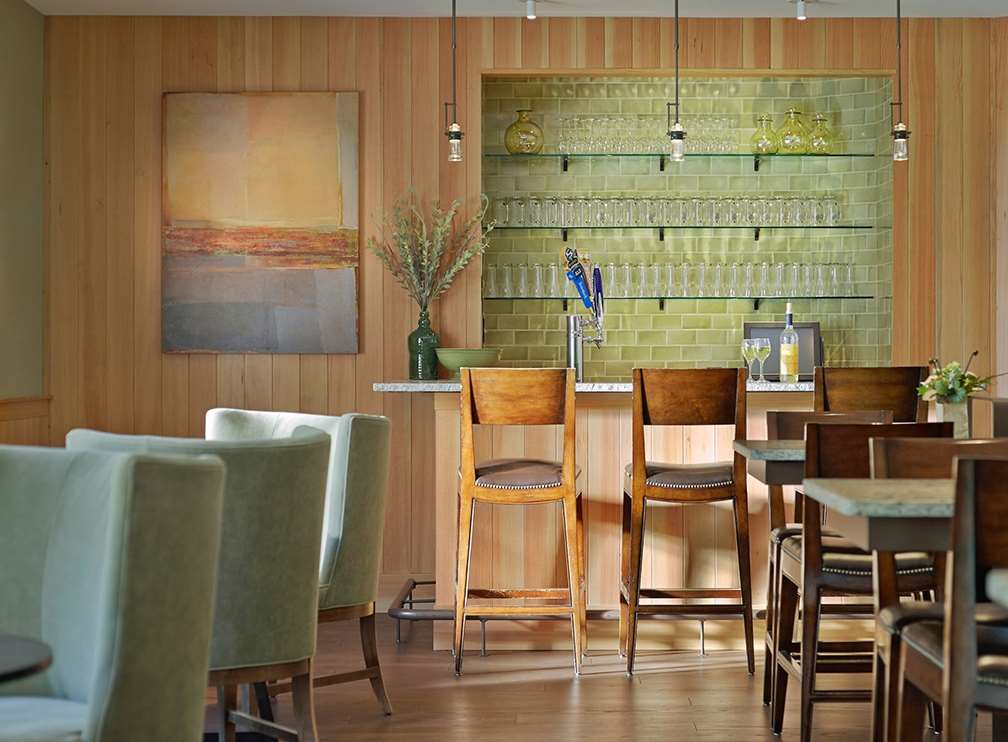 Bar - Green Mountain Suites South Burlington