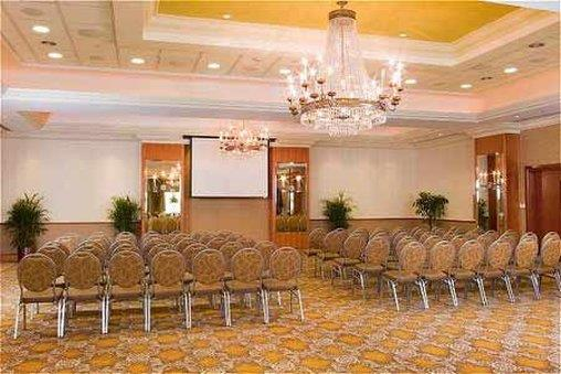 Meeting Facilities - Hotel Executive Suites Carteret