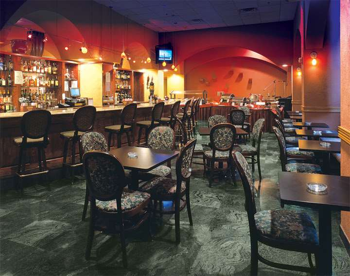 Bar - Meadowlands Plaza Hotel Secaucus