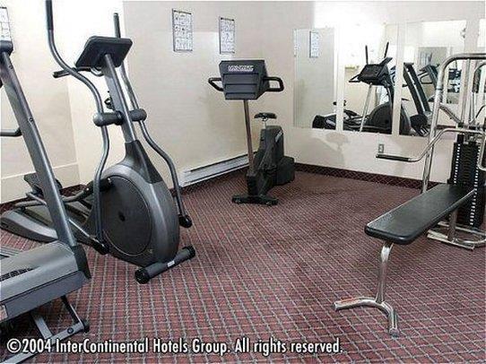 Fitness/ Exercise Room - Riverside Resort French Village