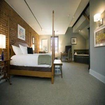 Room - Lancaster Arts Hotel