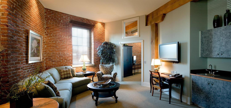 Suite - Lancaster Arts Hotel