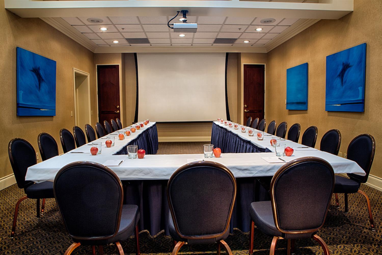 Meeting Facilities - Magnolia Hotel & Spa Victoria