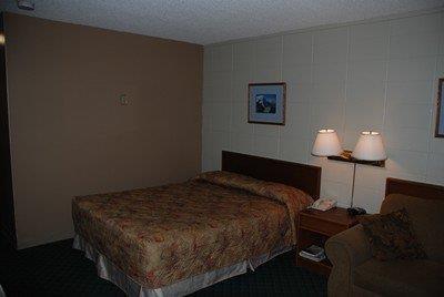Room - Slave Lake Inn & Conference Center
