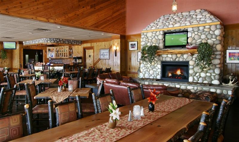 Bar - Sawridge Hotel Jasper