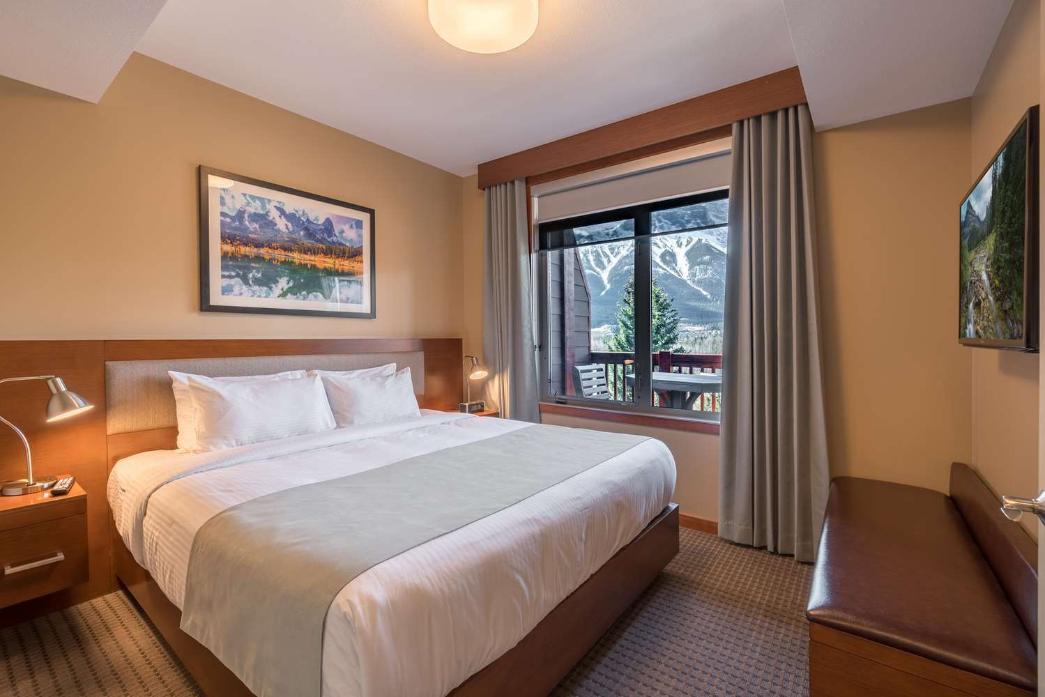 Suite - Falcon Crest Lodge Canmore