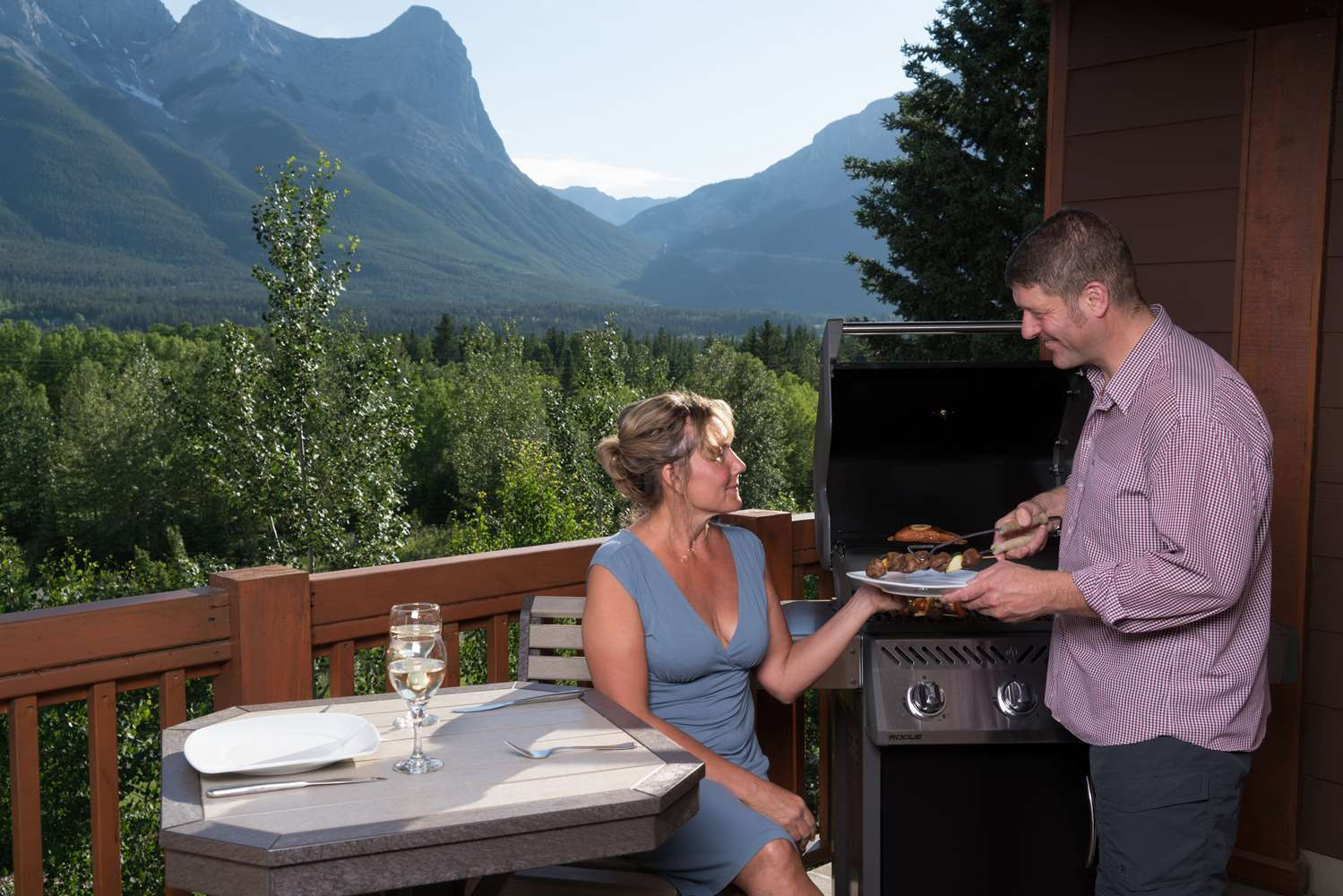Amenities - Falcon Crest Lodge Canmore