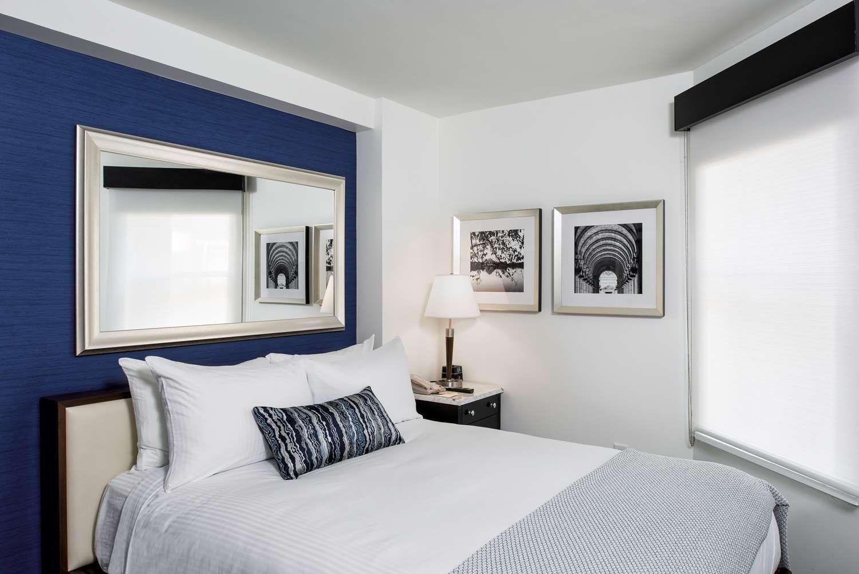 Room - Phoenix Park Hotel DC