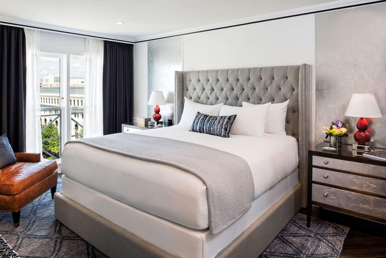 Suite - Phoenix Park Hotel DC