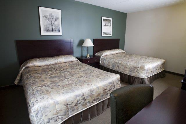 Room - Heritage Inn Hotel & Convention Centre Brooks