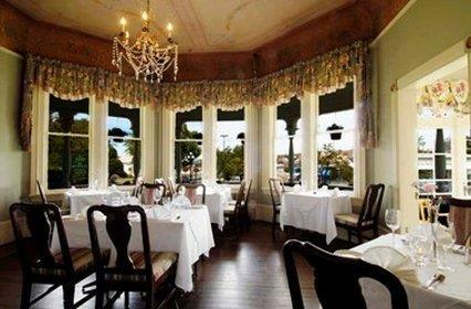 Restaurant - Pendray Inn & Tea House Victoria
