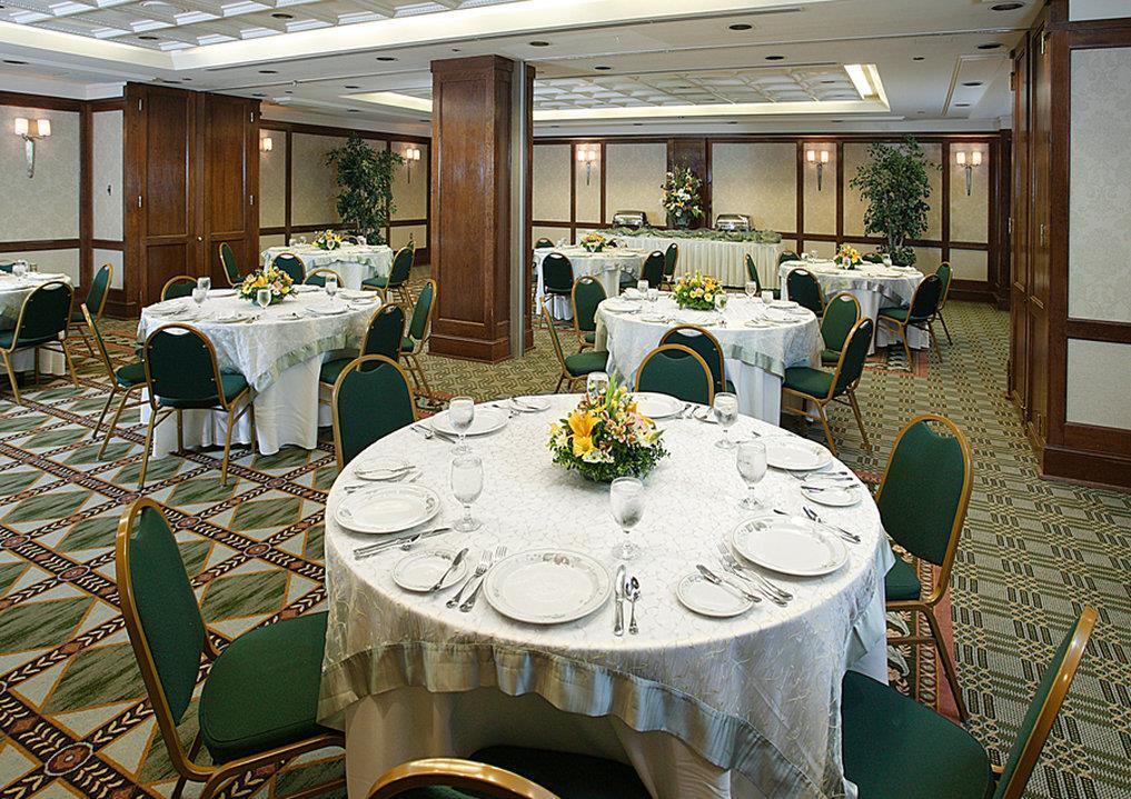 Ballroom - Berkeley Hotel Richmond