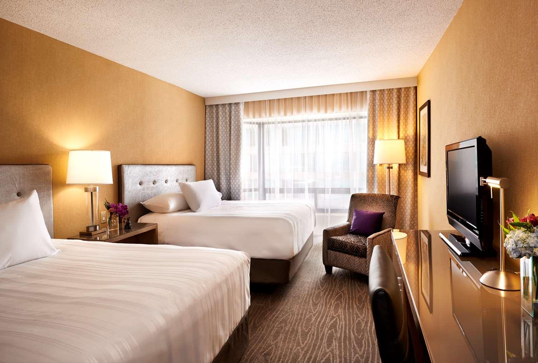 Room - Prince George Hotel Halifax