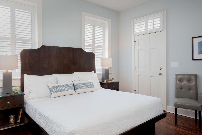 Room - Elliott House Inn Charleston