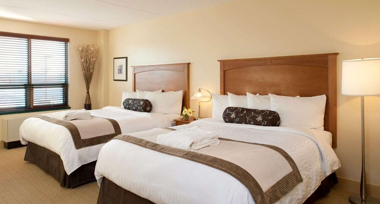 Room - Temple Gardens Hotel & Spa Moose Jaw