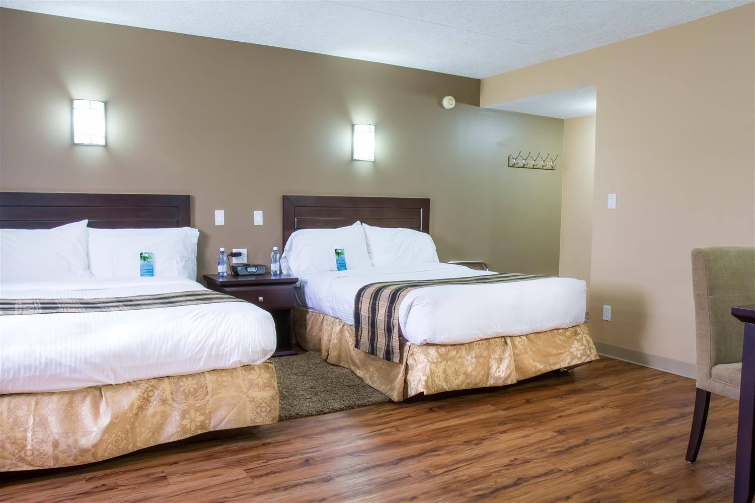 Room - Sawridge Inn & Conference Centre Peace River
