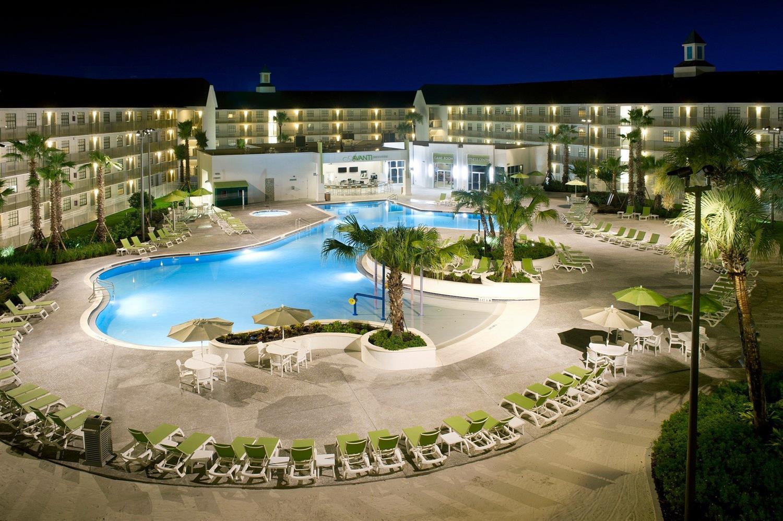 Pool - Avanti Resort Orlando