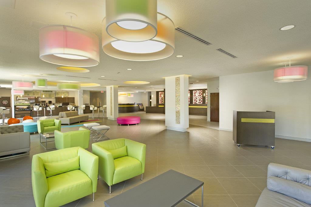 Lobby - Avanti Resort Orlando