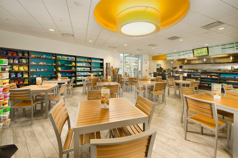 Restaurant - Avanti Resort Orlando