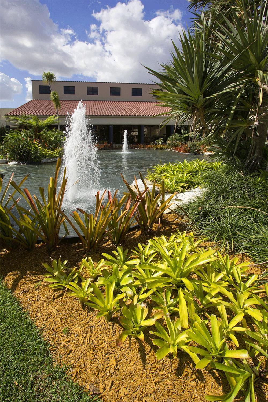 Don Shula S Hotel Amp Golf Club Miami Lakes Fl See Discounts