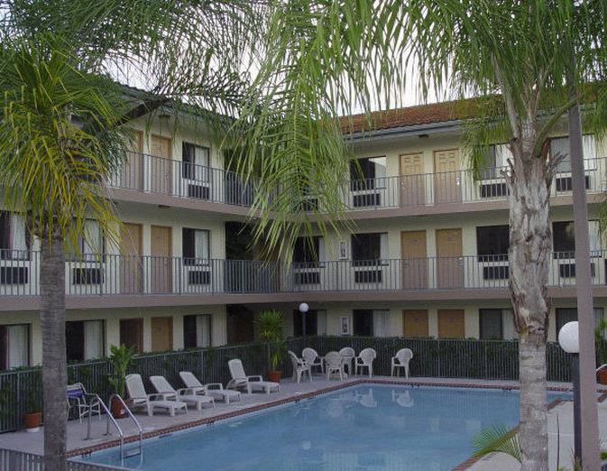 Pool - Inn of America Palm Beach Gardens
