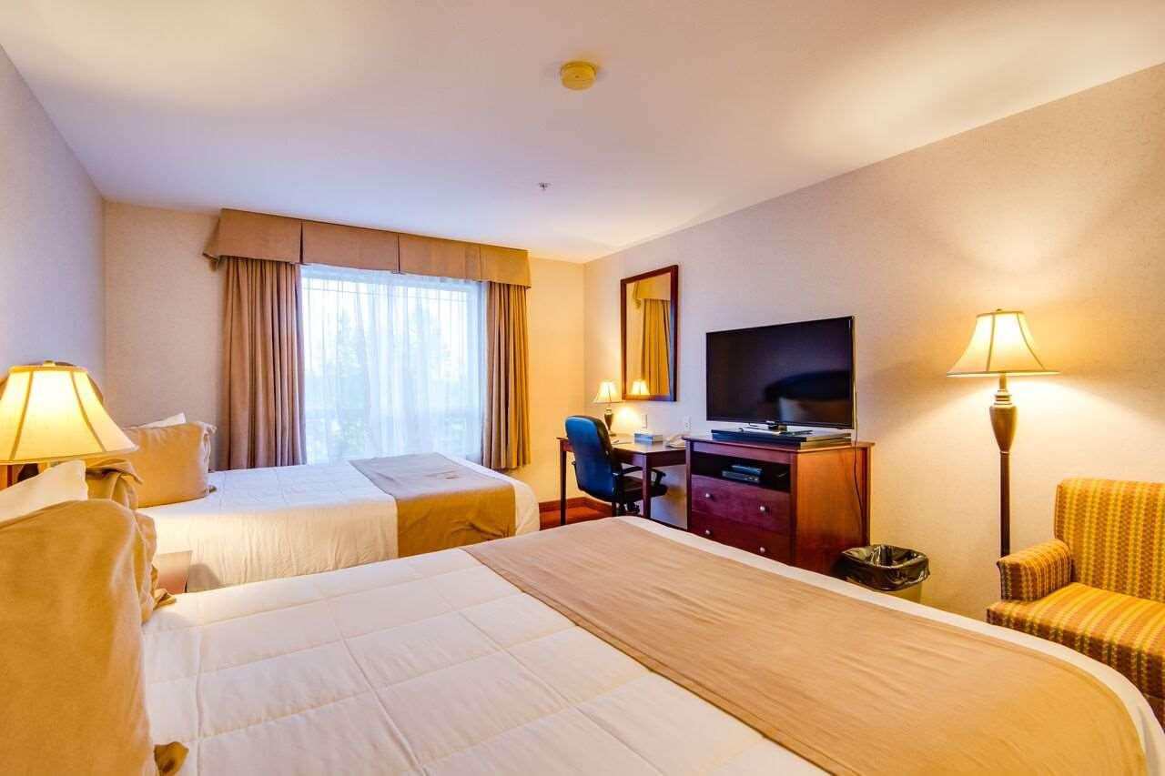 Room - Peavine Inn & Suites High Prairie