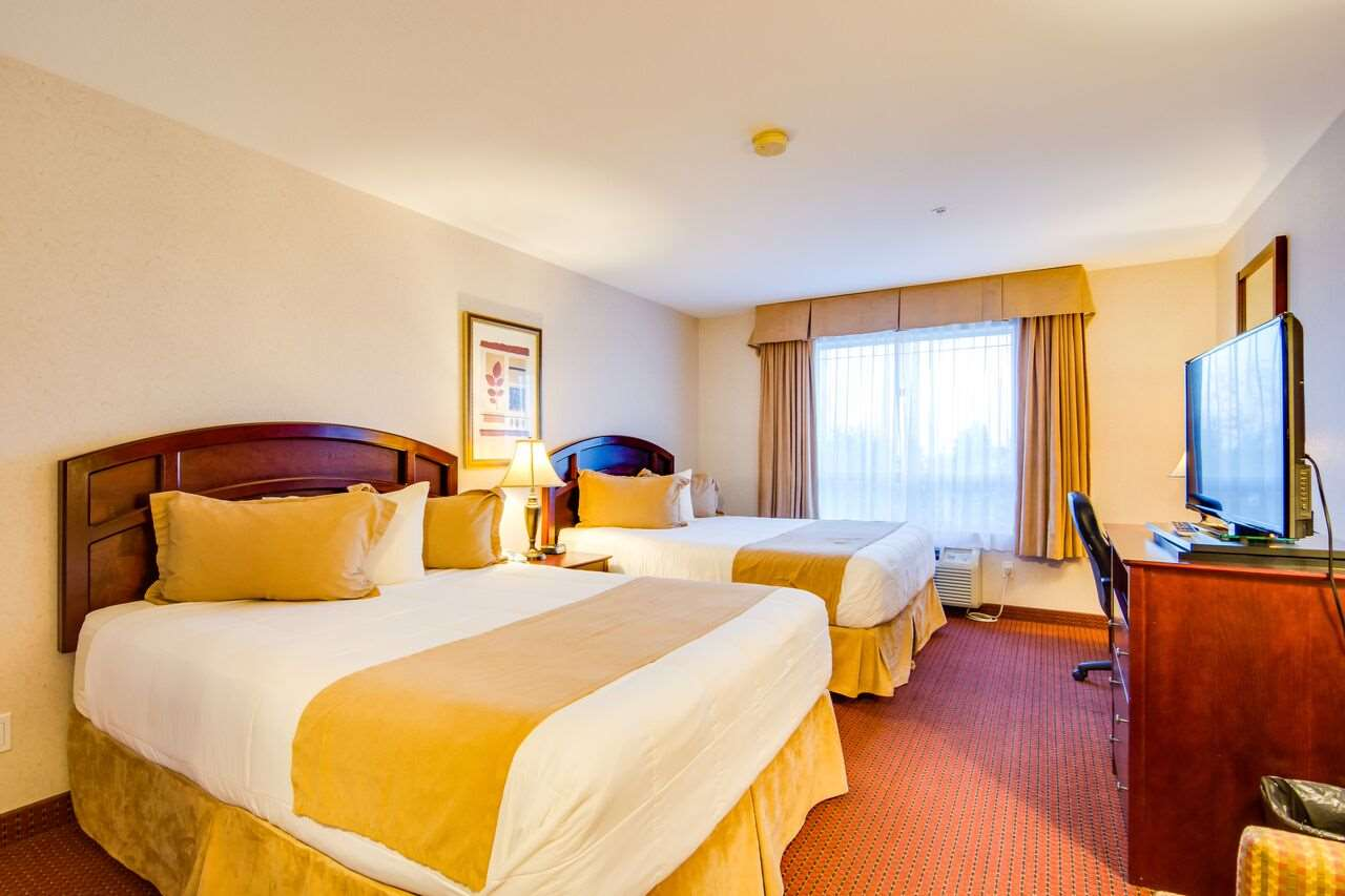 Room - Peavine Inn & Suites High Prairie
