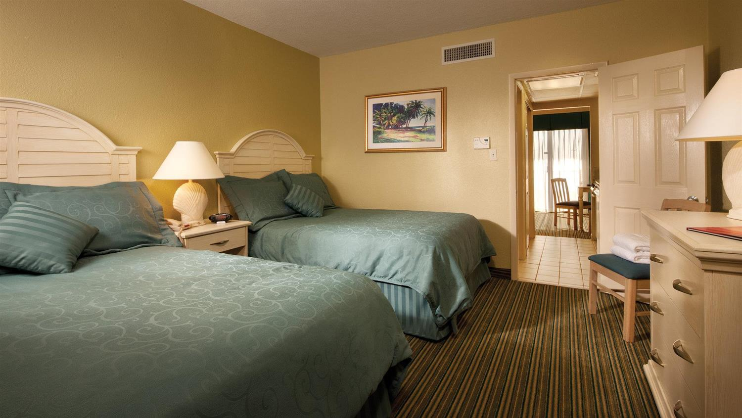 Room - Alden Suites St Pete Beach