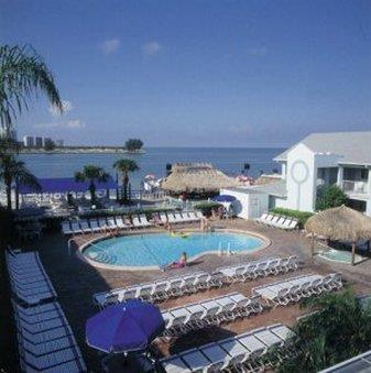 Pool - Shephard's Beach Resort Clearwater Beach