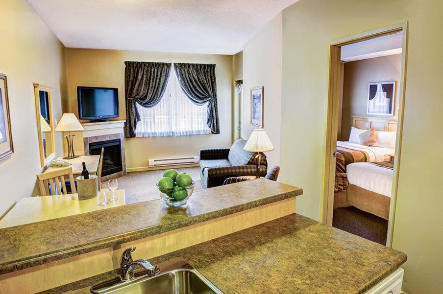 Room - Clearwater Suite Hotel Fort McMurray