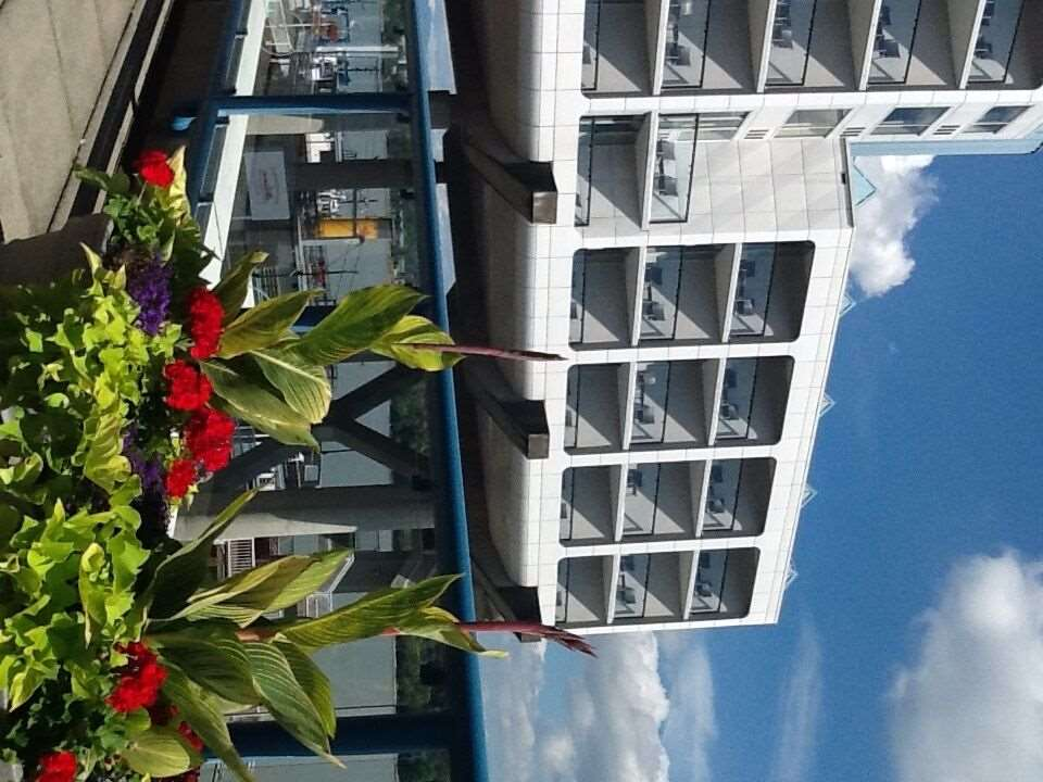 Exterior view - Inn at The Quay New Westminster