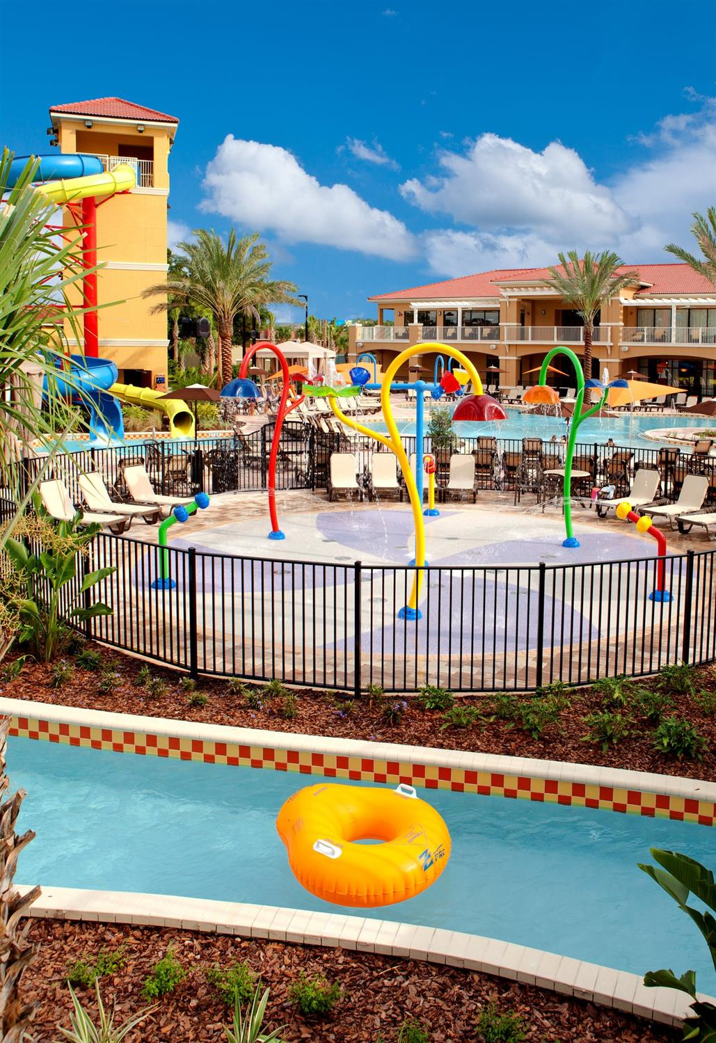 Fantasyworld Resort Kissimmee FL  See Discounts