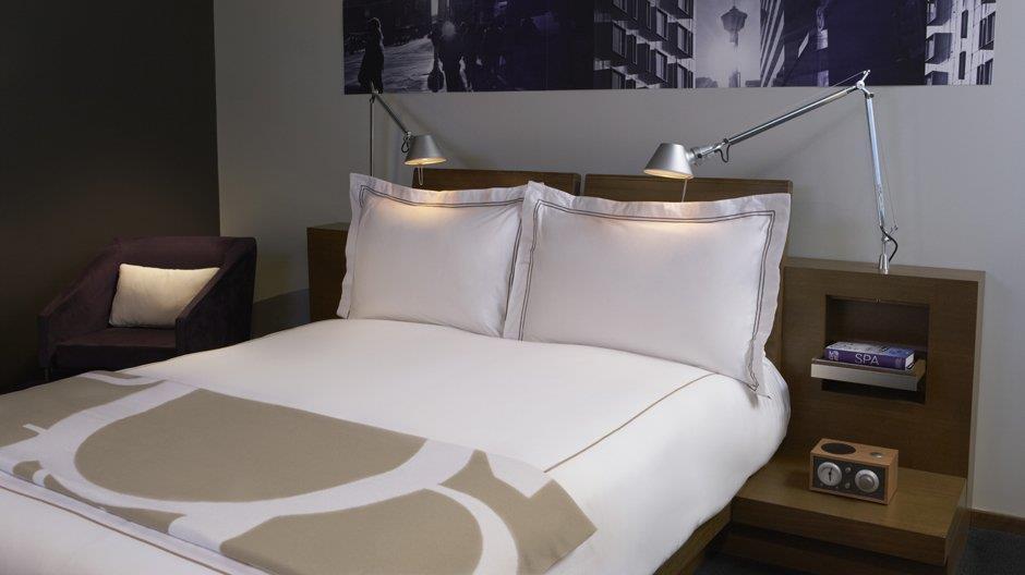 Room - Hotel Le Germain Calgary
