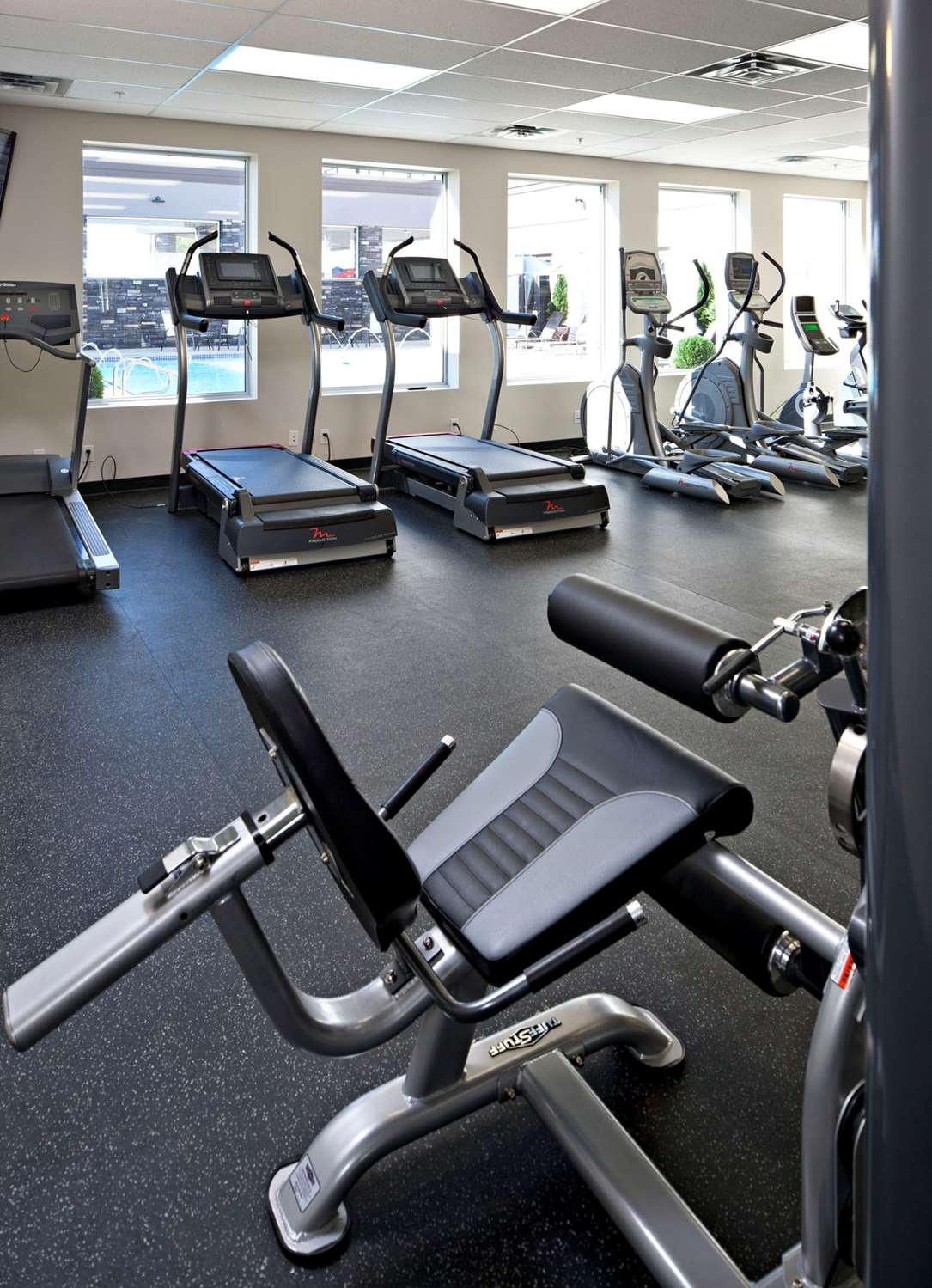 Fitness/ Exercise Room - Carriage House Inn Calgary