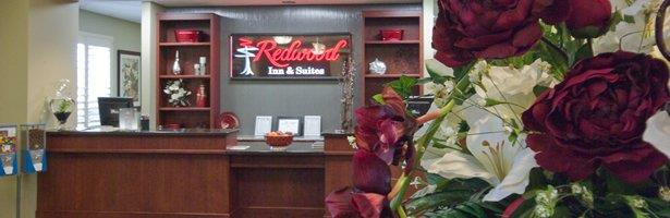 Lobby - Redwood Inn & Suites Clairmont