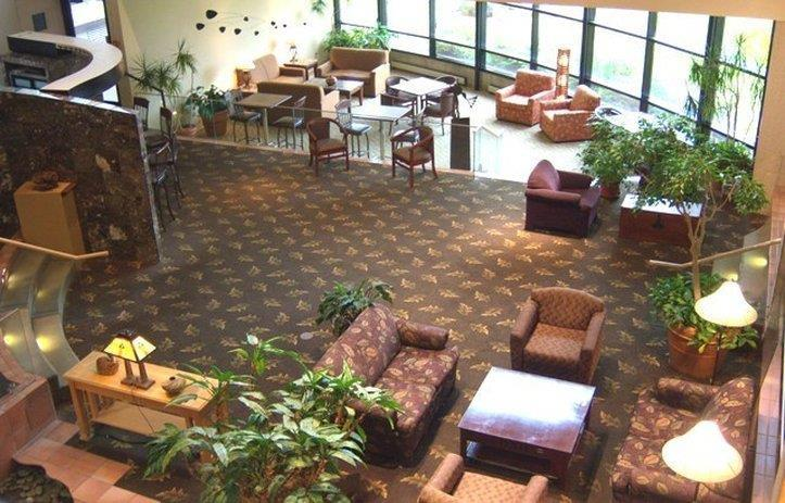 Lobby - Gateway Center Hotel Ames