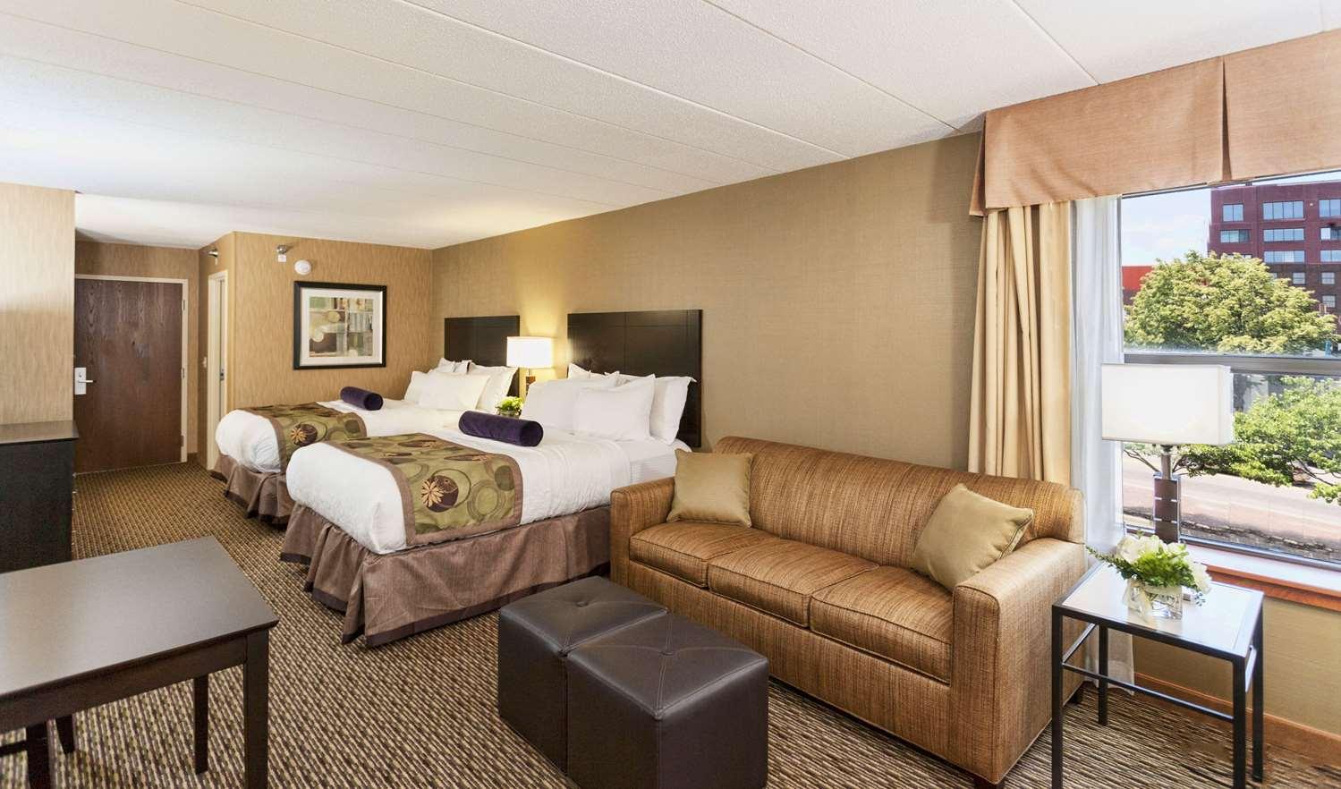 Room - Inn on Lake Superior Duluth