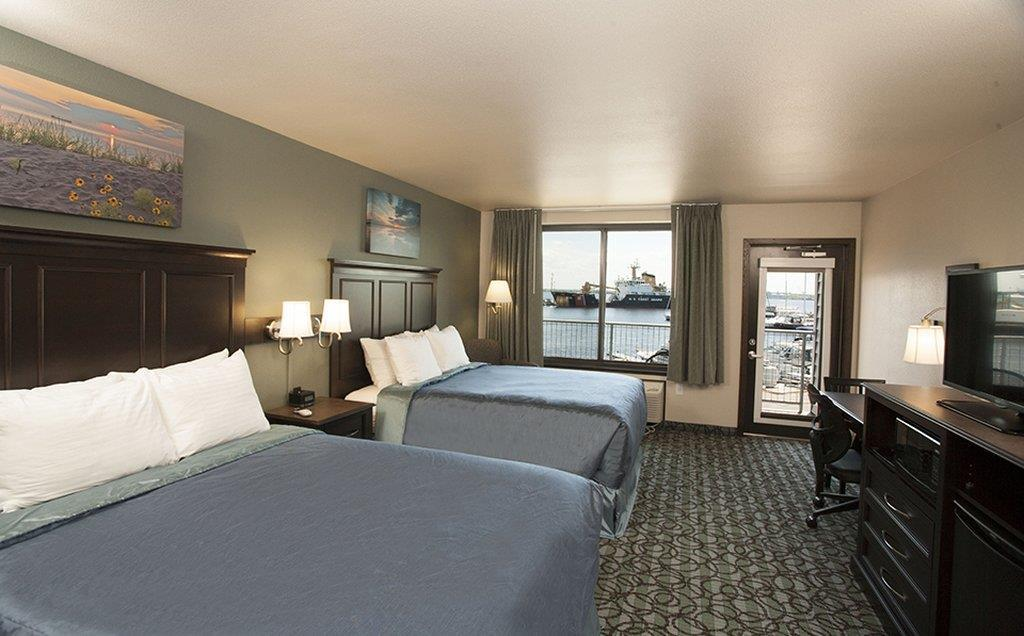 Room - Park Point Marina Inn Duluth