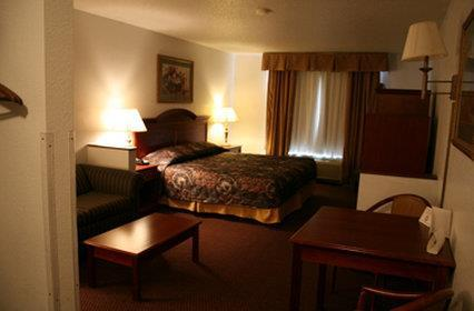 Room - USA Stay Hotel & Suites Hot Springs