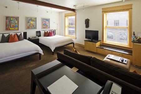 Room - Hotel Donaldson Fargo