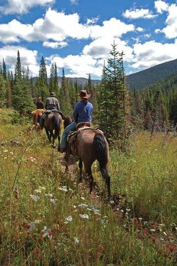 Montana Horseback Riding at Paws Up