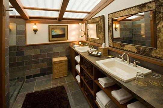 Ensuite Bathroom in Luxury Camping Tent