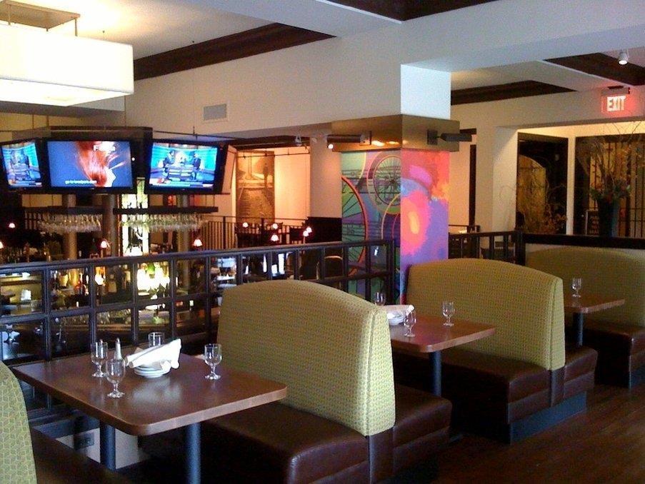 Conference Area - Carleton of Oak Park Hotel