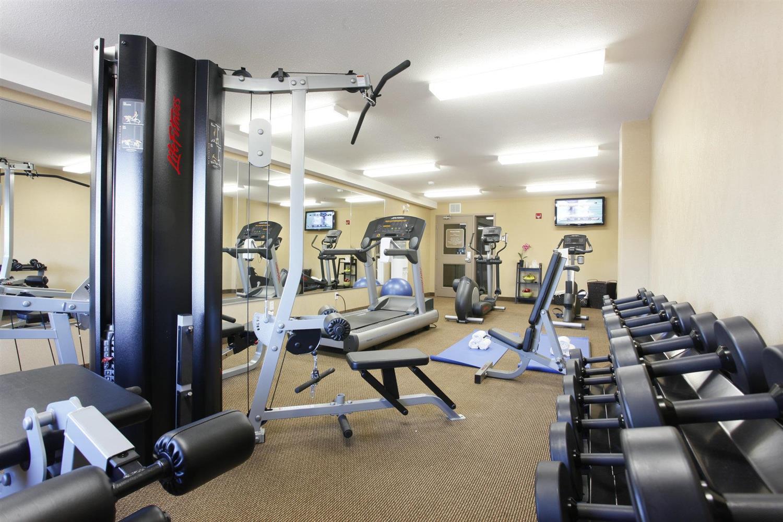 Fitness/ Exercise Room - Pomeroy Inn & Suites Vegreville