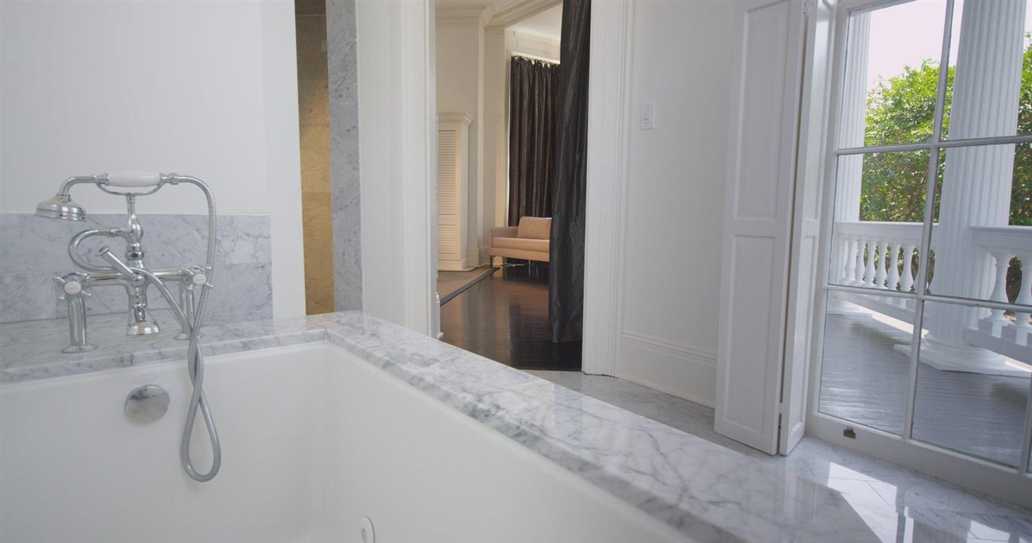 Amenities - Melrose Mansion New Orleans