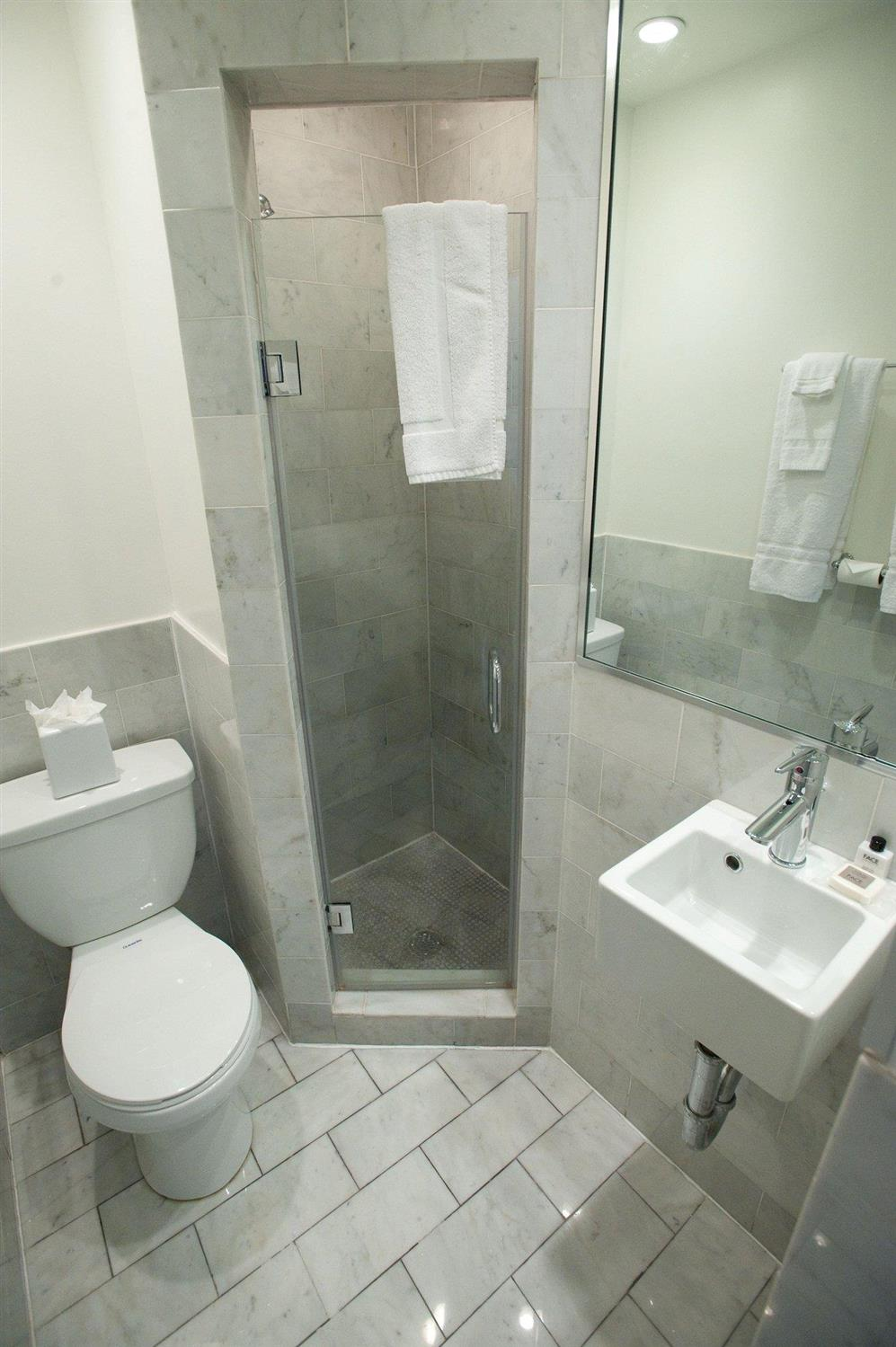 Amenities - Hotel Royal New Orleans