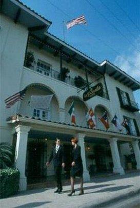 Exterior view - La Posada Hotel & Suites Laredo